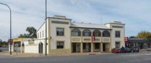 Meningie Hotel